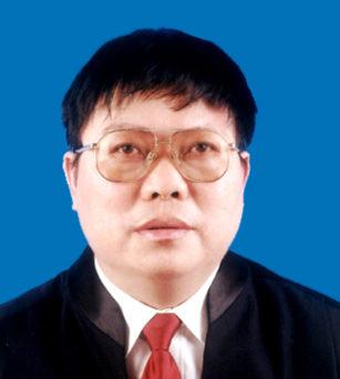 潘传平律师